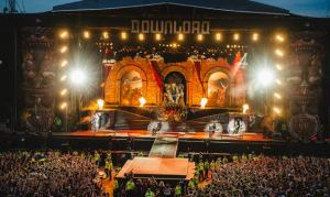 download-festival-2014-avenged-sevenfold-cr-gobinder-jhitta-636-380